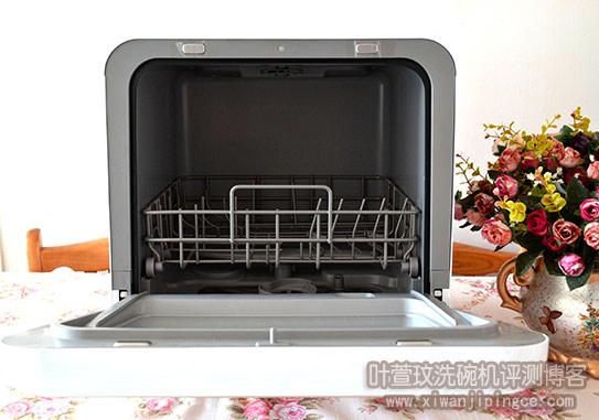 美的洗碗机M1内部洗碗篮