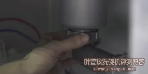 方太水槽洗碗机安装10