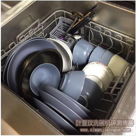 方太水槽洗碗机洗碗效果